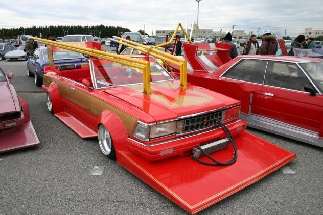 Медведев утвердил новый порядок внесения изменений в конструкции автомобилей